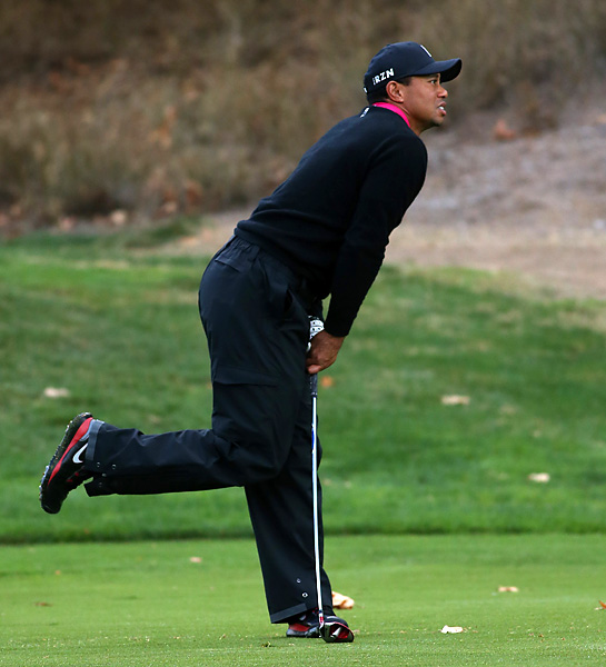 Woods is seeking to win the event that he hosts. Proceeds benefit the Tiger Woods Foundation.