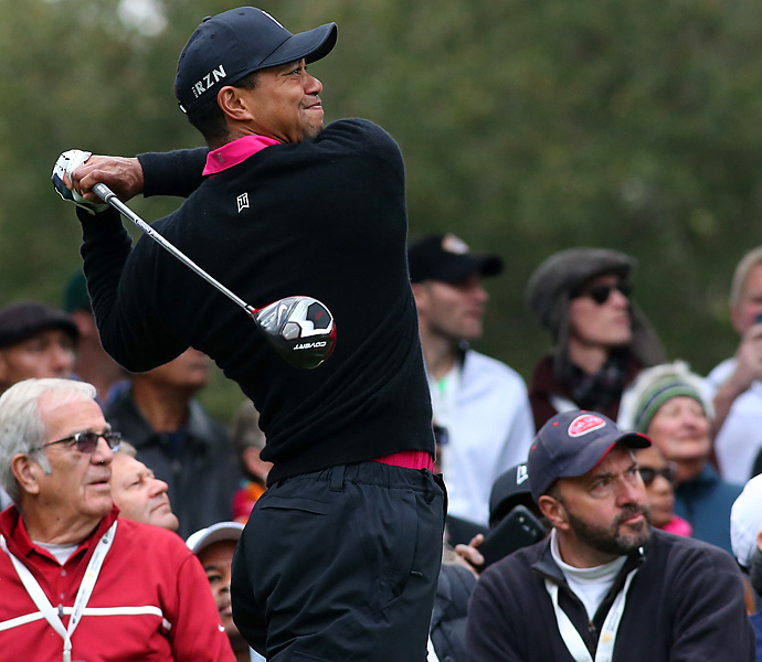 Woods started fast in Round 2, when he rang up five birdies on the front nine.