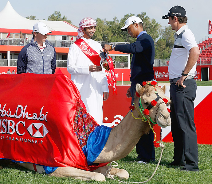 Rory McIlroy, Tiger Woods and Justin Rose took part in a ceremonial coffee pour before the 2013 Abu Dhabi HSBC Golf Championship.