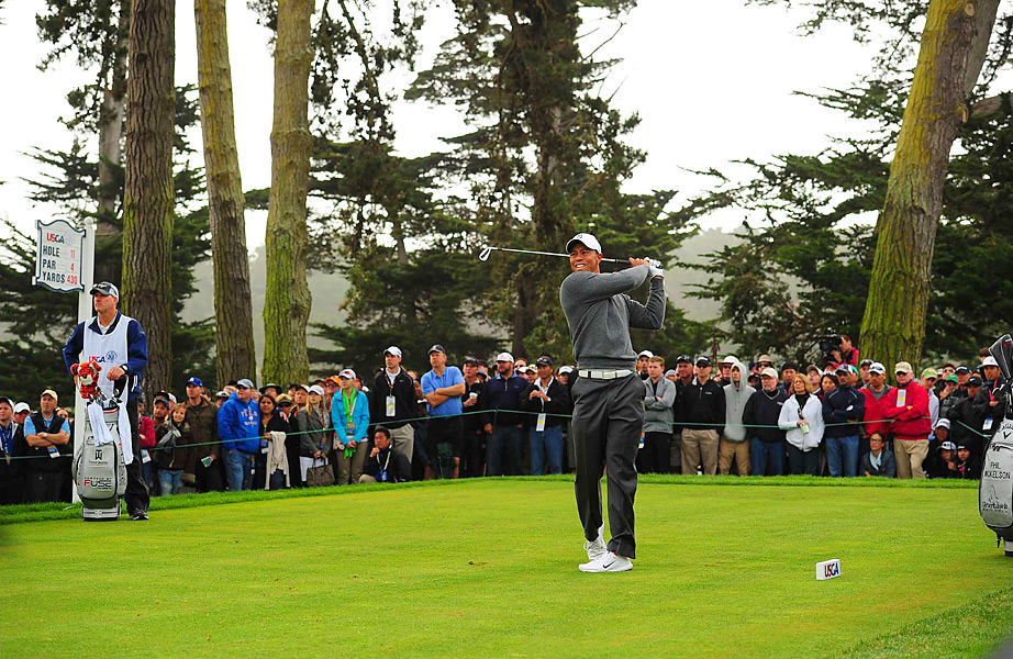 Woods opened with five straight pars before making his first bogey of the event.