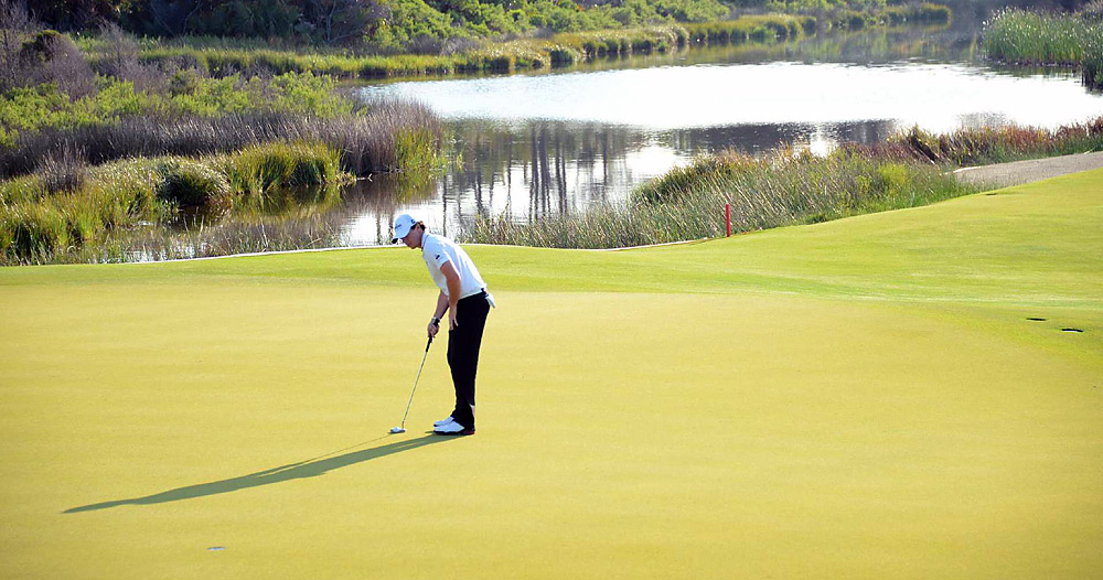 McIlroy poured in birdies on the 15th and 16th holes at the end of Round 3to grab the lead alone.