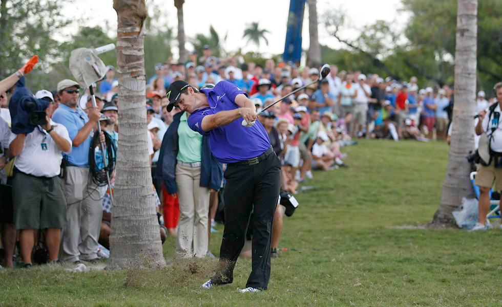 Justin Rose closed with a 70 to win by one stroke at Doral.