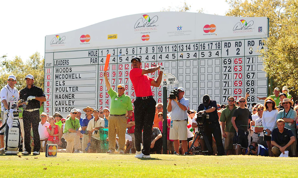Woods entered the final round at Bay Hill with a one-shot lead.