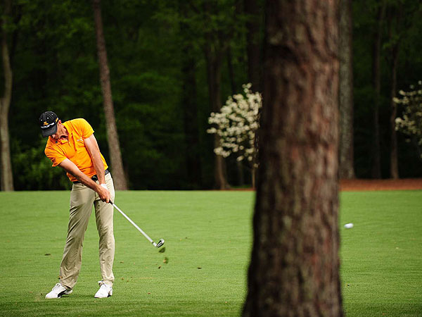 6. Geoff Ogilvy (Australia)                       Cobra Pro MB (3-PW)                       *Ogilvy occasionally uses a Cobra Pro CB 2-iron instead of his 5-wood.