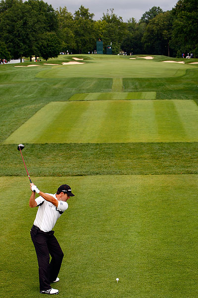 After missing the cut at the Barclays and the Deutsche Bank, Padraig Harrington was hoping to rebound in St. Louis. He is also one under.