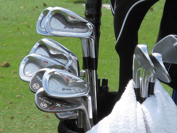 may be nondescript, but the winner of the 2009 Players Championship should never have trouble spotting his Callaway wedges.