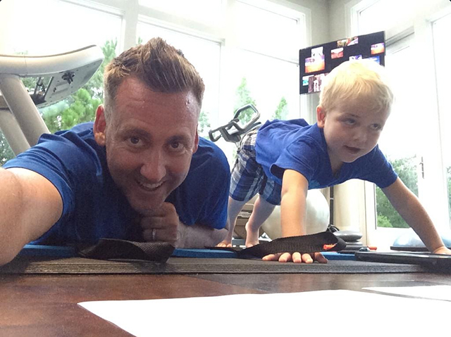 @IanJamesPoulter Never a dull moment. Joshua just decided to join daddy doing his gym session. Love him. #BetterFormThanHisDad