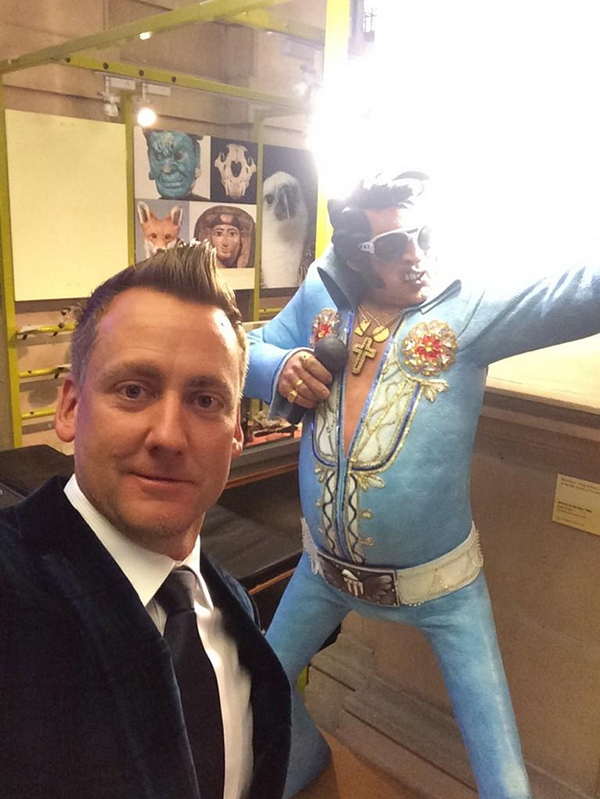 @IanJamesPoulter Now the #RyderCup2014 has officially gone big time. Gala dinner night and next up we have #Elvis.