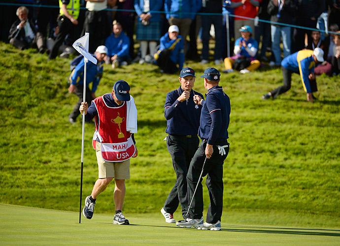 Jim Furyk and Hunter Mahan had a great morning, rolling to a 4 and 3 victory over Lee Westwood and Jamie Donaldson.