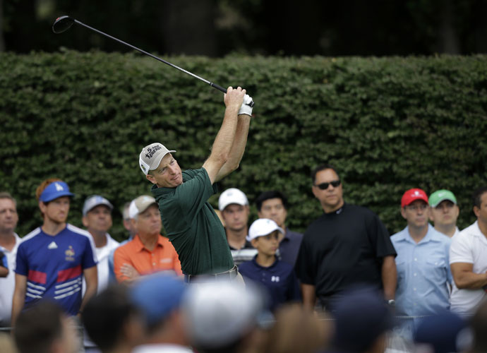 Jim Furyk was among those near the lead at -7 after his second-round 69. He won the 2010 Fed Ex Cup.