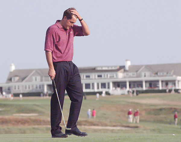Phil Mickelson: Broke Leg in Skiing Accident                             Mickelson still has a metal rod in his left femur from colliding with a tree at the Arizona Snow Bowl in Flagstaff in March 1994. He fractured his left leg and right ankle and missed the 1994 Masters.