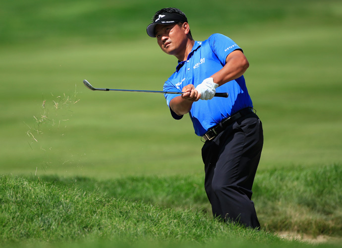 K. J. Choi of South Korea fired a 3-under 67 to move into a tie for second place at 14-under.