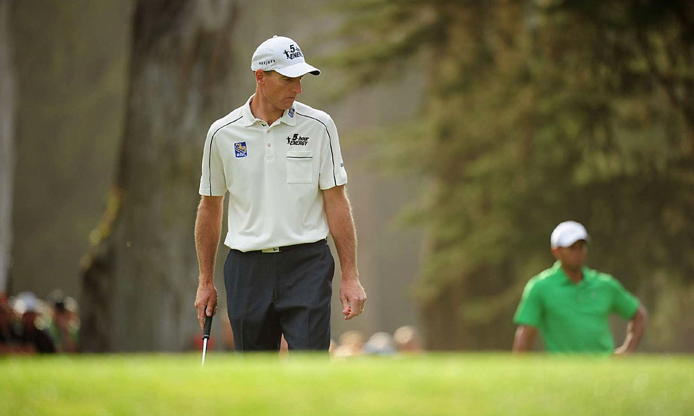 Furyk will play alongside McDowell in the final group Sunday, teeing off at 3:10 p.m. local time.