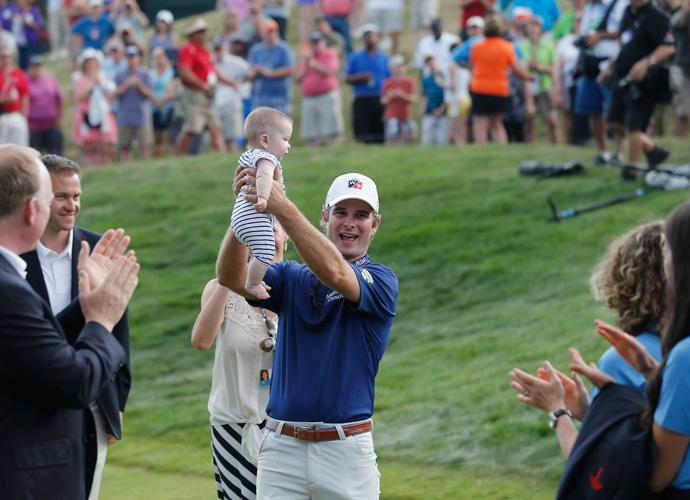 Streelman celebrates with his daughter Sophia.