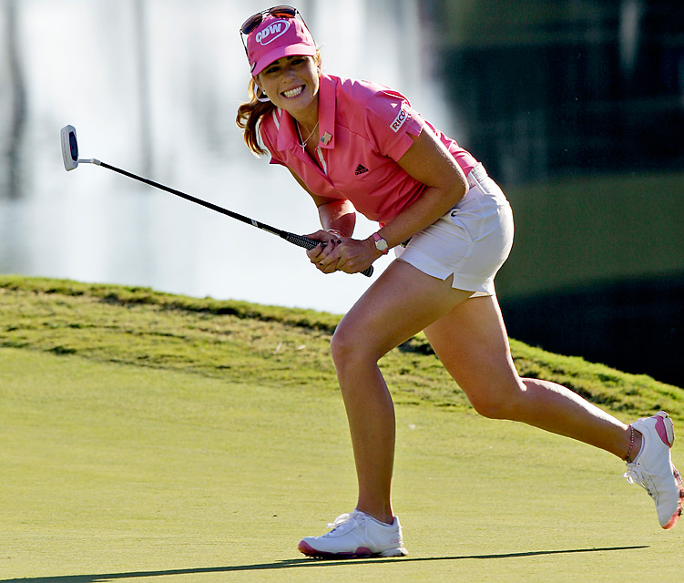 Paula Creamer dueled with Jiyai Shin for eight holes of sudden death at Kingsmill. She had several birdie chances to win it, but both players made eight consecutive pars, so play had to resume Monday morning to settle the tie.