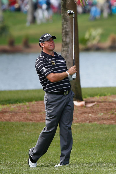 Lee Westwood put himself in the hunt with a second-round 65 to get to -7, four shots back of leader Rory McIlroy.