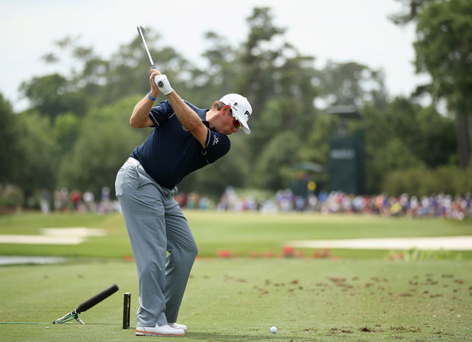 Lee Westwood shot 71 and will begin the final round at -7.