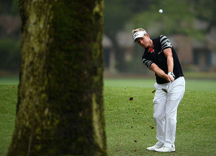 Luke Donald, shot a five-under 66 to take the lead Saturday at Harbour Town.