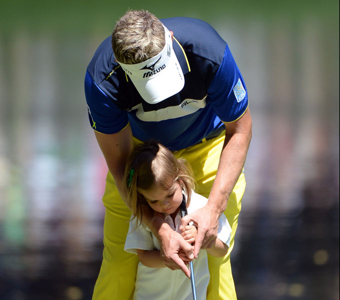 Luke Donald is one of the best putters on Tour, but he received a little help from his daughter, Elle.