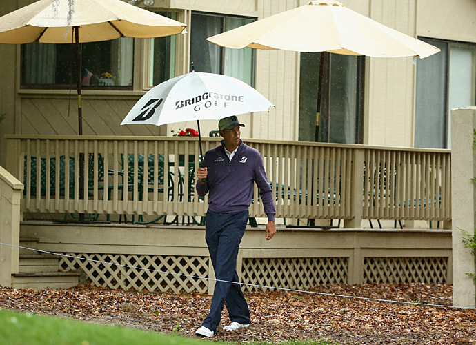 Play was suspended due to inclement weather shortly thereafter.
