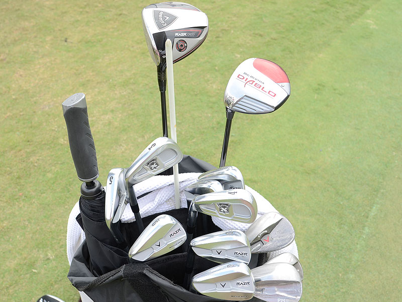 Phil Mickelson's bag is filled with Callaway equipment, and he is using the HEX Black Tour golf ball.