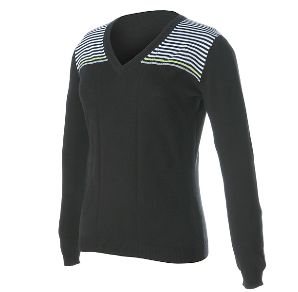 "Nivo 3D Classic Cotton V-Neck, $68; nivosports.com                           Nivo's 100 percent cotton V-Neck is a part of the company's new ""3Dimentional"" collection, which features simple geometric lines and 3D inspired prints in black, white and green."