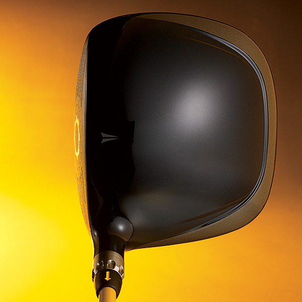 """SQ Dymo2 targets those who want ultimate forgiveness. Nike also offers SQ Dymo with Str8-Fit for those who prefer a more """"workable,"""" traditional looking driver."""