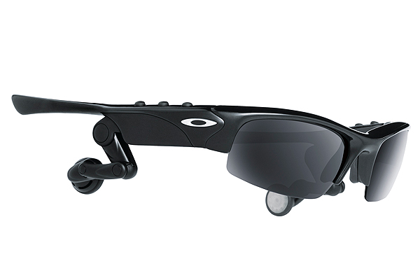 Oakley Thump Pro                       oakley.com, $249-$299                       If the rhythms of the driving                        range — the thump of irons on artificial turf, the clink of drivers at impact, the idle chatter of fellow ball beaters — aren't exactly your idea of a symphony, consider Oakley's Thump Pro, an MP3 player with ear pods built into a pair of high-definition Oakley sunglasses. This nifty multitasker allows your eyes to enjoy sun protection while your ears rock out and get down (or whatever the kids call it these days). There are no headphone wires to get tangled, and no distracting devices on your belt or in your pocket. Thump Pro stores up to 240 songs and is compatible with iTunes and Audible, giving users the ability to listen to their favorite audio books and podcasts.                                                                      • Technology of Golf home page                       • Technology advances golf club fitting                       • Motion capture shows your swing in 3-D