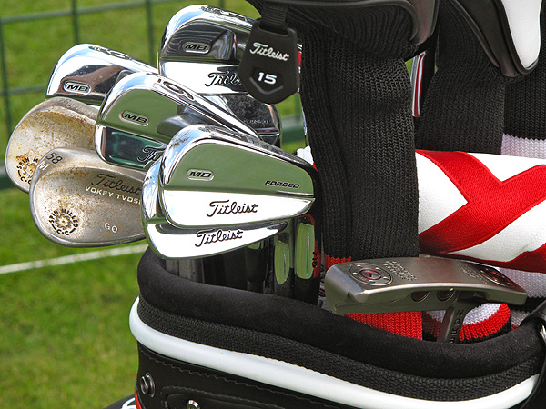 Geoff Ogilvy has been trying some different putters recently. He had a Scotty Cameron for Titleist California Newport in his bag.