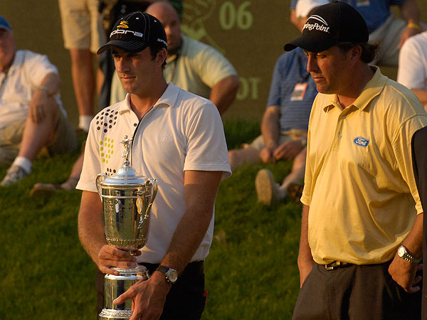 After Phil Mickelson, Jim Furyk and Colin Montgomerie all fell apart on the final hole, Ogilvy stood as the winner of the 2006 U.S. Open.