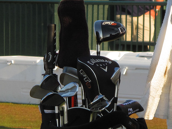 As for Mickelson's clubs, he's continuing to use his Callaway FT-9 driver, which was made with a hosel, as well as his Callaway Tour Authentic Prototype irons.