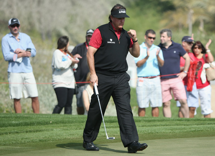 Though he failed to card a single birdie on Thursday, Mickelson dropped 9 birdies and an eagle on Saturday.