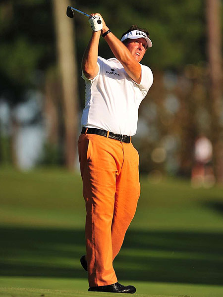 "The style of play was very exciting, the fashion less so, but there were a number of things worth noting at the Atlanta Athletic Club.                                                      Orange, in almost a ""safety-vest"" hue, was a popular color. Call it the Fowler Effect, but this outlier shade has become more mainstream. Even Phil Mickelson got in the act, donning orange pants."