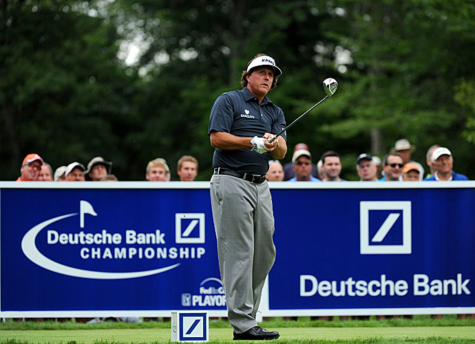 Phil Mickelson put on a show Friday at TPC Boston, shooting an eight-under 63.
