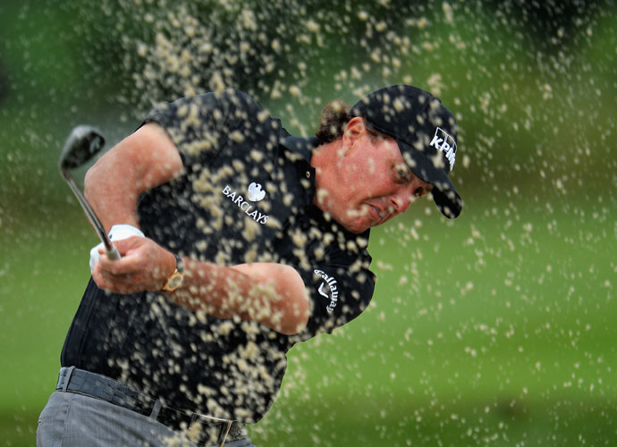 Phil Mickelson, playing the Honda for the first time since 2002, missed the cut by a shot.