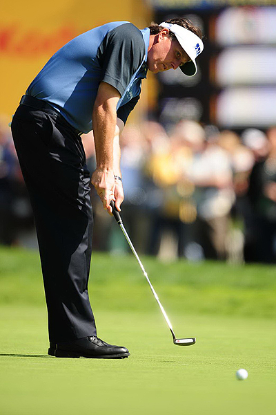 5 Things You Didn't Know: Riviera                       GOLF.com goes inside the numbers and behind the scenes at Riviera Country Club to reveal interesting facts about the people and the course at the Northern Trust Open.                                              1. You can own Phil Mickelson's putter ... sort of                       According to callawaygolf.com, Phil Mickelson is currently using an Odyssey White Hot XG #9 putter. The putter shown on the company's Web site, however, is finished in steel, while Mickelson's is much darker. He started using a prototype version of the putter in 2006 at the BellSouth Classic (which he won by 13 strokes). He used that putter again when he won his second Masters the following week, and it's been in his bag, in rotation with another custom-made Odyssey putter, ever since. At Riviera, Mickelson averaged just 26.8 putts per round (tying him for 11th in that category for the week) and 1.674 putts per green in regulation (eighth best for the week).