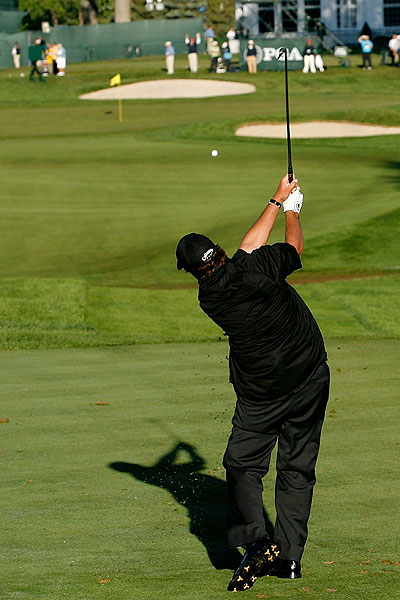Phil Mickelson shot 71 and finished the third round at four over.
