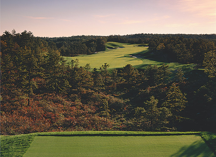 Pinehills Golf Club in Plymouth, Mass.: Plymouth was home to the very first Thanksgiving back in 1621. Nearly 400 years later, Rees Jones dished out a superbly groomed layout that weaves in and out of sand hills and pine scrub. The prime photo op arrives at the elevated 15th tee, which peers down over a stew pot of trees and shrubbery. Its Jack Nicklaus II-designed sibling features glacially carved kettles and kames that provide for maximum variety in terrain, notably at the 189-yard, par-3 15th and at the watery 476-yard, par-4 closer.