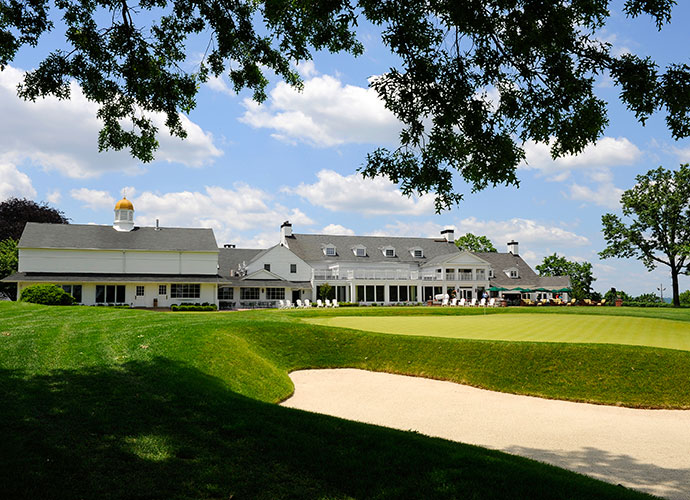 "6. Plainfield Country Club, Plainfield, N.J. (private): Despite its charm, intimacy and fiendishly contoured greens, big bashers have thrived at Plainfield, from Laura Davies, who won the 1987 U.S. Women's Open here, to Dustin Johnson, who topped the field at the 2011 Barclays, to the late club member Bobby Thomson who hit the ""Shot heard 'round the world,"" a ninth inning blast that sent his New York Giants to the 1951 World Series."