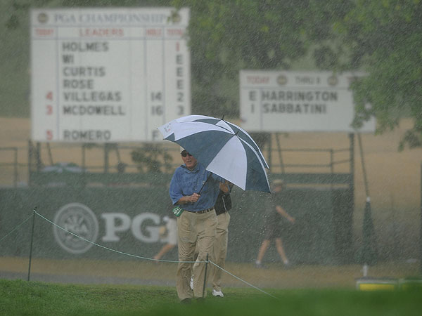Third Round of the 2008 PGA Championship                           At 2:16 Eastern time on Saturday, the horn sounded as thunderstorms approached. Moments later, the skies opened and the rain fell heavily.