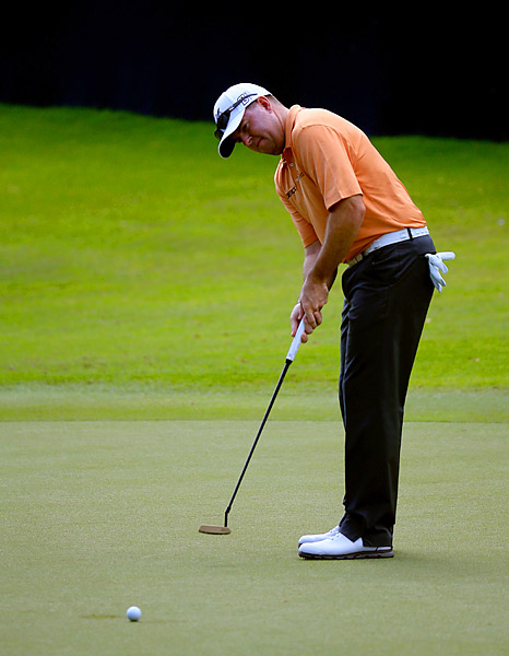 Garrigus negated three bogeys with seven birdies and an eagle.