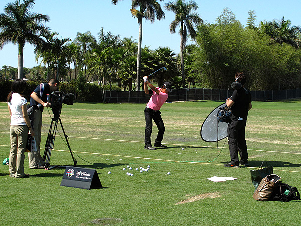 Ryo Ishikawa took time away from practicing this week to do some filming for an instruction video.