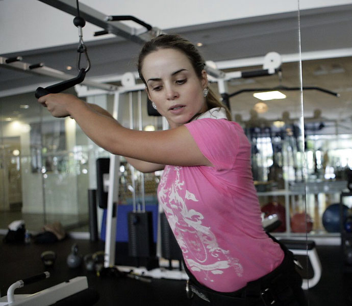 It's not just the guys who are hitting the gym. The LPGA's best, including two-time winner Beatriz Recari, stick to serious training regiments.