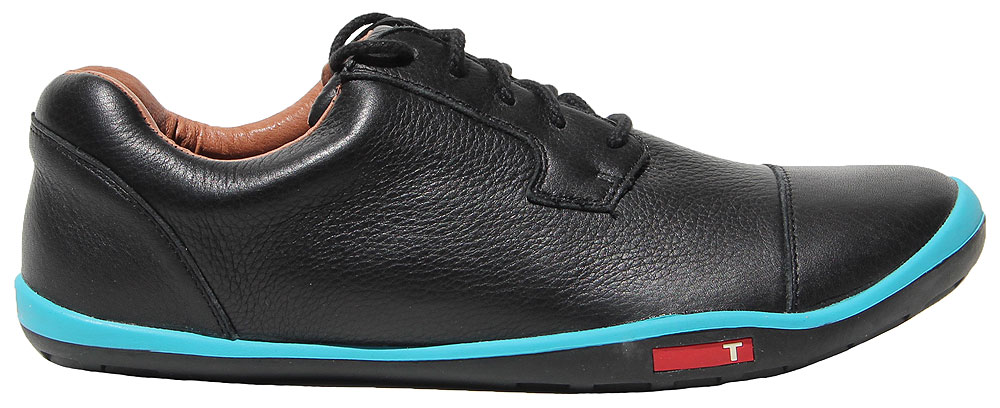 "TRUE Linkswear Stealth Black LE ($199.99, truelinkswear.com)                           A special edition of the ""barefoot"" golf shoes that created a buzz when Ryan Moore wore them on Tour, this one has the TRUE Linkswear cap-toed look, soft leathers, and an electric-blue pop on the topline. Plus, 50 percent of the proceeds go to the Hundred Hole Hike charity."