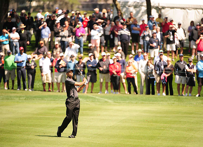 Tiger Woods got off to a good start Thursday at Bay Hill, shooting an opening-round three-under 69.