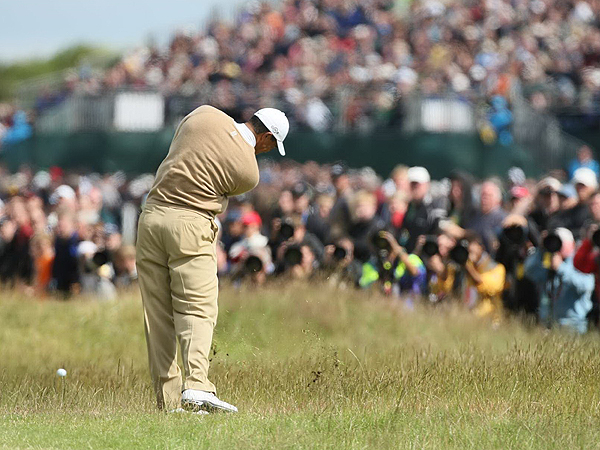 Woods's second round 74 left him seven shots behind Sergio Garcia going into Saturday's play at the 136th Open Championship.