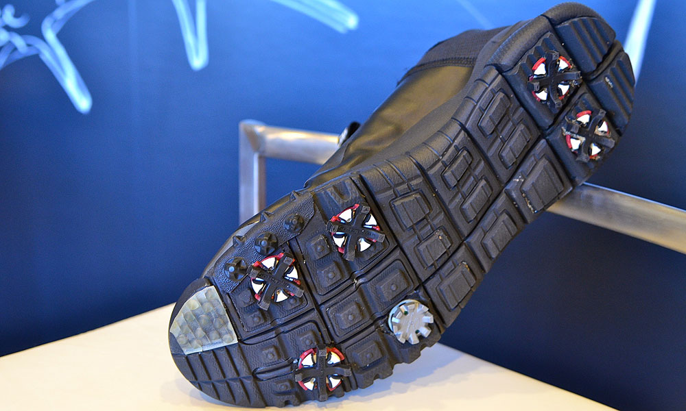 The next prototype shoe featured a slightly different upper material, but after Woods told Nike he wanted more traction in the inner-forefoot area, a series of small, knobby spikes were added.