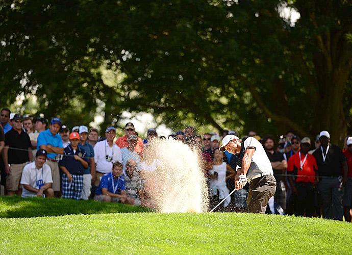 Tiger Woods struggled again on Saturday.
