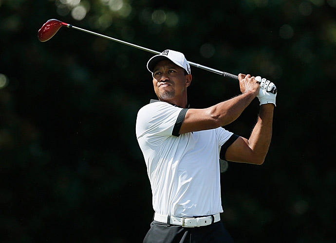 Tiger Woods struggled again, finishing with a 71.