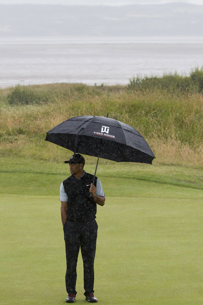 Tiger Woods dodged some rain during a Saturday practice round.